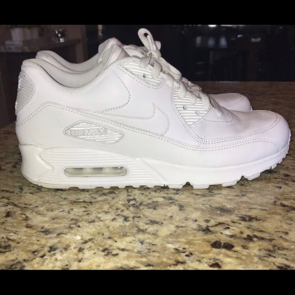 Men's Nike Air Max 90 Essential Size 9.5